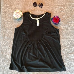 🌺Land's End Pleated Black Tank Top Blouse NWT🌺