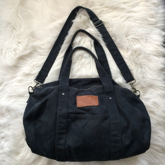 c19e6c532e3f Abercrombie   Fitch Handbags - Abercrombie   Fitch Navy Blue Duffel Bag ...