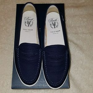 Cole Haan Pinch Canvas Navy Shoes!