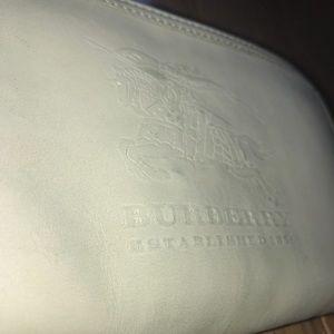 Burberry Prorsum vintage ivory zip around wallet.