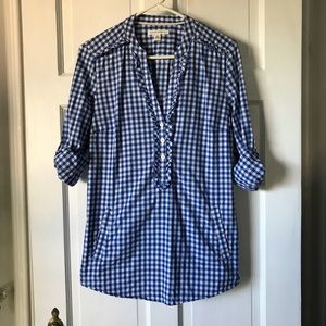 💕Banana Republic Blue Checkered Button Down Top