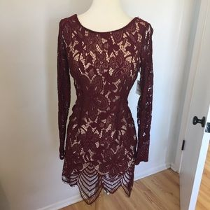 C10 NWT Charlotte Russe Red Lace Dress