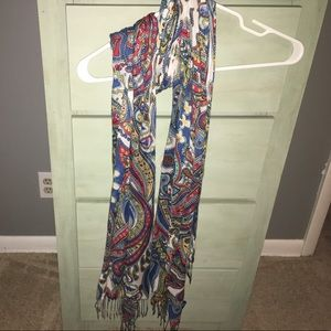 Women's Vera Bradley light weight scarf