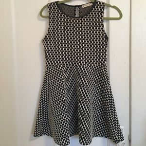 Ginger G Black&White Sleeveless Dress Sz. S