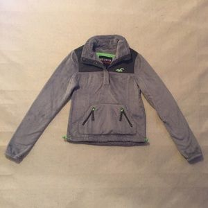 Warm pull over