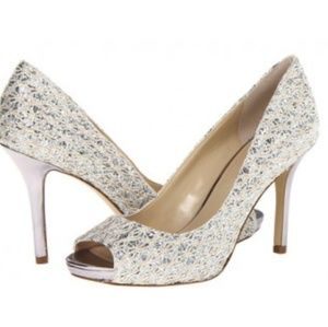 Sparkly silver peeptoes- perfect wedding shoes ✨