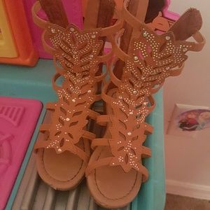 Other - Beautiful Jeweled Sandals