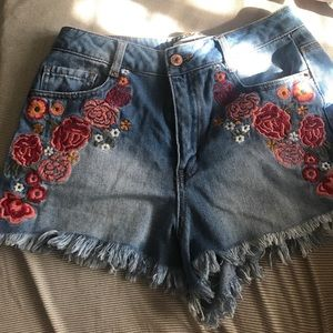 floral embroidered high waisted shorts