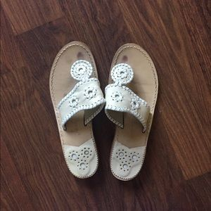 Very gently used Jack Rogers Sz 6 White and Sand