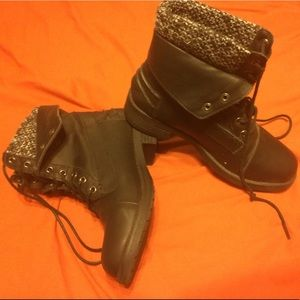 Fold Down Lace up Ankle Boots