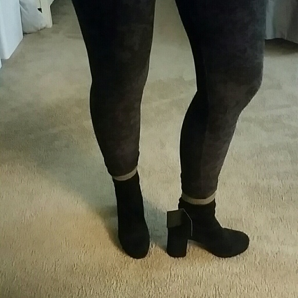 Forever 21 Shoes - NWT Forever 21 Platform Sock Bootie