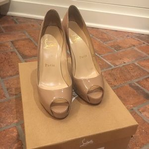Christian Louboutin Very Prive 35