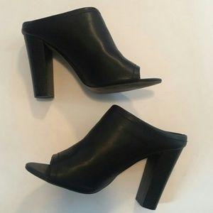 Mossimo Peep Toe Heels Size 7.5