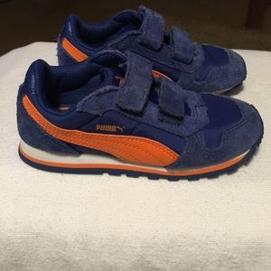 Puma kinder fit shoe.