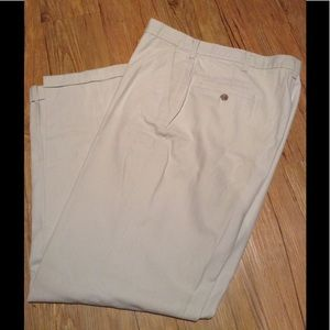 Khaki pants with cuffs
