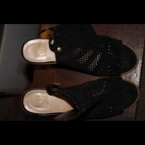 Dolce Vita Black Mesh Shoes Size 10