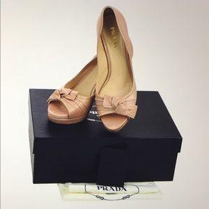 🆕 Prada Milano Beautiful Bow Pumps