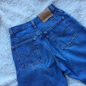 LEVI's 550 Vintage Mom Jeans