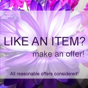 Like an item in my closet? Make an offer!!