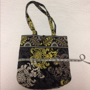 Discontinued Vera Bradley baroque pattern tote