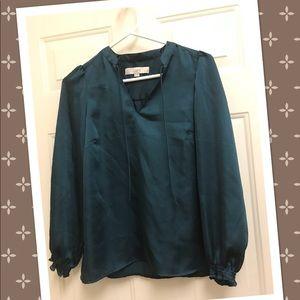 EUC Loft sateen feel blouse 👚