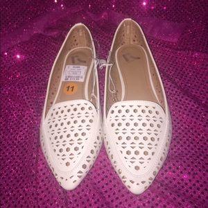 Report Cream Loafers