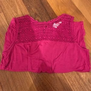 H&M SMALL PINK DETAILED TANK