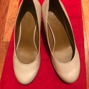 ✨Shoe Sale!✨Kenneth cole heels