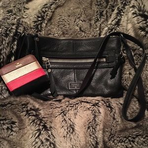 Fossil - Crossbody AND Wallet Set