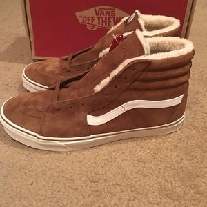 6f0be86bbb Vans Shoes - Pig Suede Fleece SK8Hi Vans