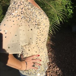 ✨HP!✨Saks Fifth Avenue Cream Sparkly Sequined Top✨