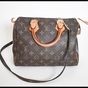 Auth LV Speedy 25 with Strap