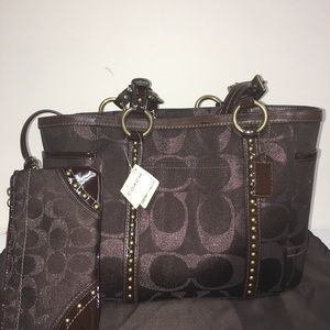 Coach Handbag And Wallet Brand New With Dust Bag