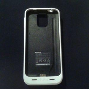 Samsung Galaxy Phone Charging Case