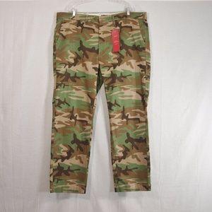 Men's Levi 541 Athletic Fit Chino Pants Size 44X32