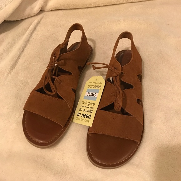 45f9559028f ⭐️NWT TOMS Calipso sandals
