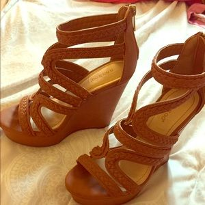 Brown Bamboo wedges- size 7