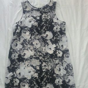 NWOT Gap Sleeveless Floral Shift dress