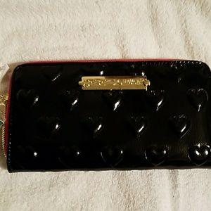 NWT Betsey Johnson black patent zip around wallet