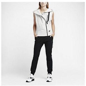 Nike Tech Fleece Vest