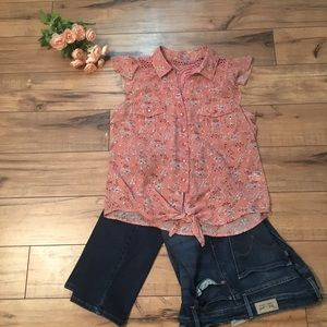 Cute peach with flowers sleeveless button blouse