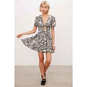 Urban Outfitters • Printed Tie Front Dress