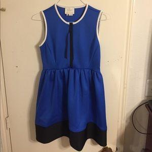 Kate Spade Blue, Black, & White size 6 scuba dress