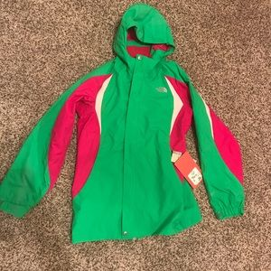 North Face jacket Girls XL New with Tags