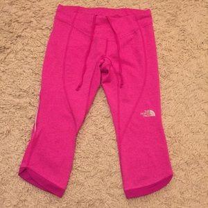 🎀 North Face Hot Pink Capris