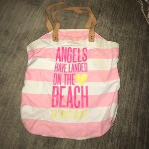 VS Angels have landed on the Beach tote