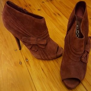 Aldo suede peep toe ankle booties