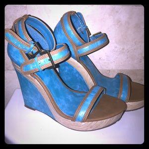 Michael Antonio Turquoise&Brown Wedge Heels sz 10