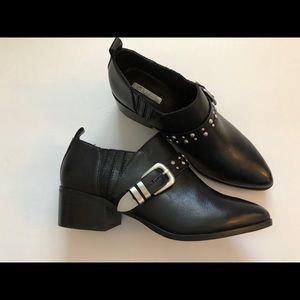 BCBGeneration black ankle boots size 7.5