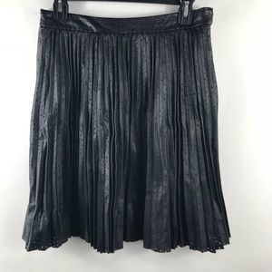 Club Monaco 6 skirt a line pleated faux leather